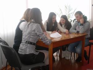 01873361 300x225 - Брейн - ринг на громадянознавчу тематику між збірними командами учнів 6(10)-7(11) класів