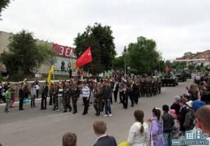 28825021 300x209 - День Перемоги. 9 травня 2012 року
