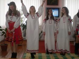 66245822 300x225 - 21 березня в районній бібліотеці відбулося свято, присвячене 198 річниці з дня народження Великого Кобзаря