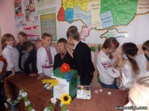 60658945 300x224 - День української писемності став змістовним і напрочуд гарним святом