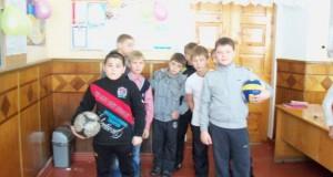 62785688 300x160 - День Збройних Сил України. Свято учнів 2(6) А класу