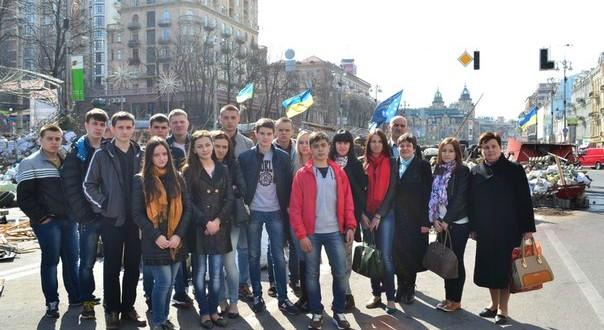 MBMFN6WN1ZI 604x330 - Поїздка до Києва учнів 11Б класу