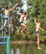 voda - Під час канікул є нещасні випадки під час відпочинку біля води