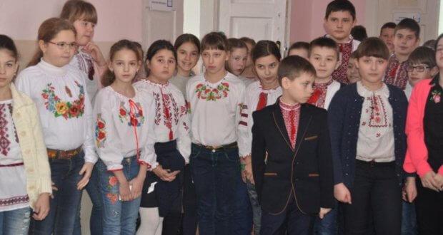 DSC 0015 1 620x330 - Тиждень української культури у гімназії