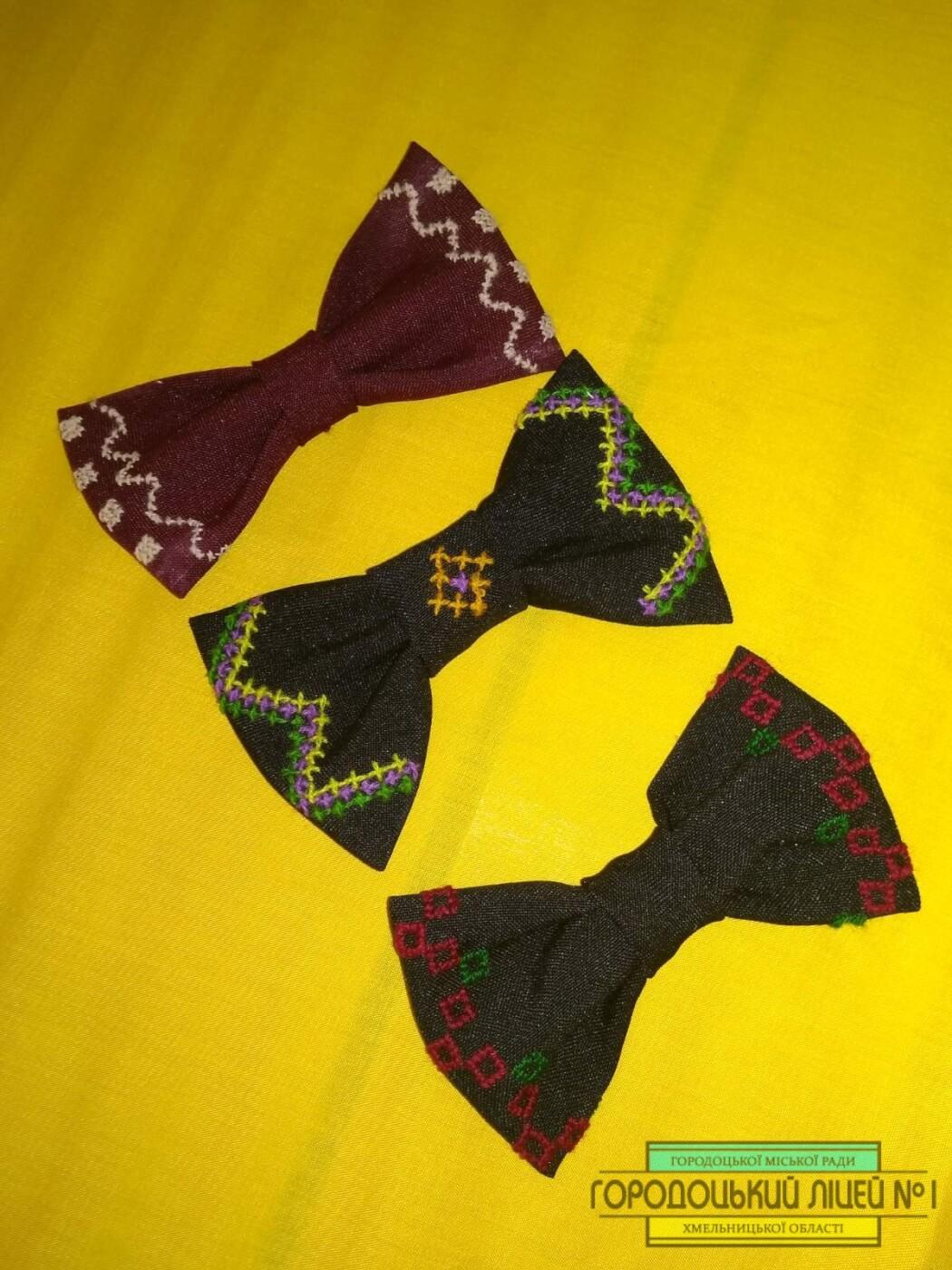 zobrazhennya viber 2019 12 09 14 28 591 - Краватка-метелик в українському стилі