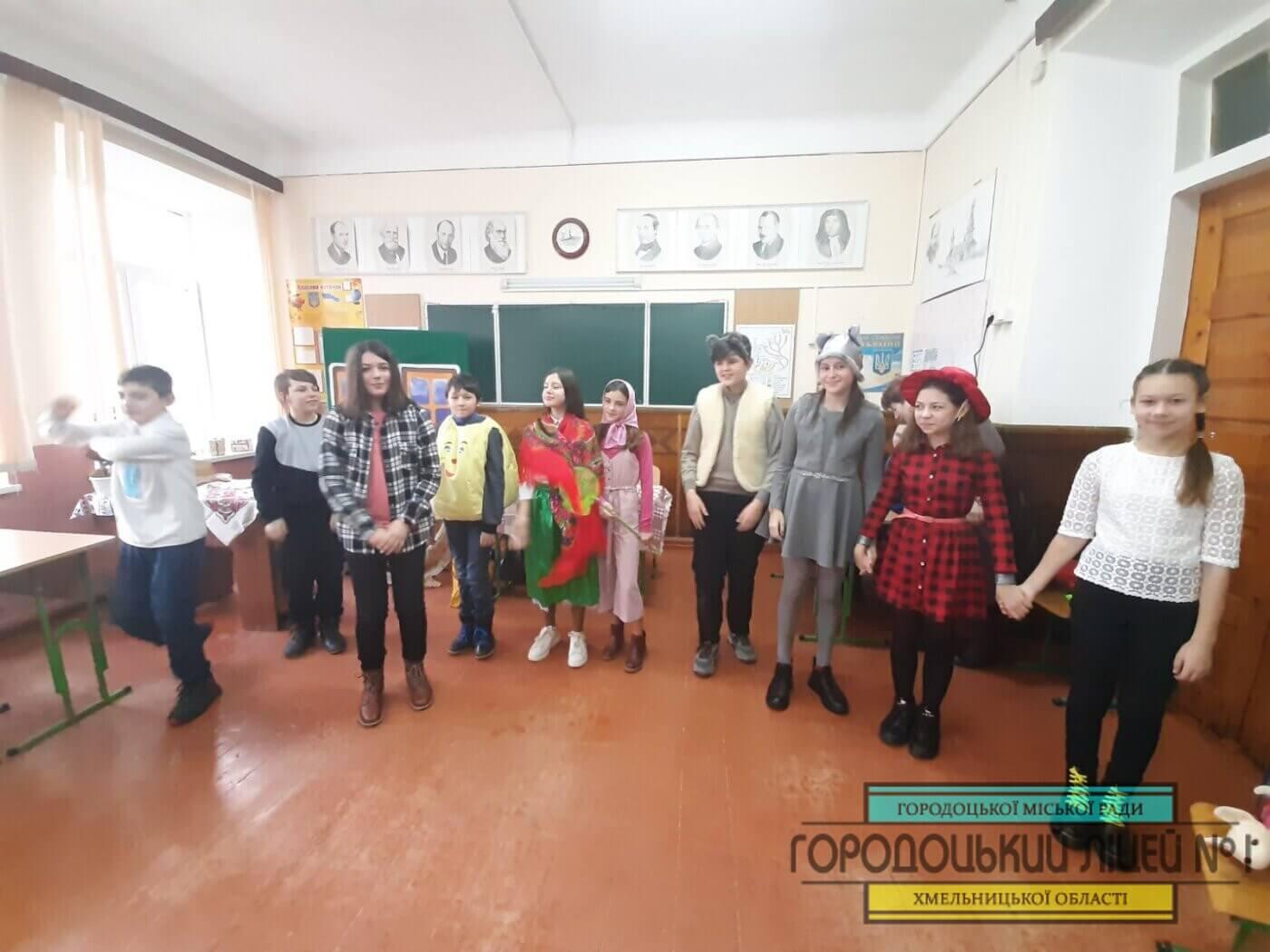 zobrazhennya viber 2020 12 28 21 43 02 1400x1050 - Театральний гурток «Сяйво»